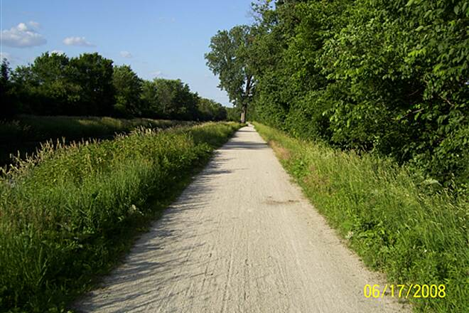 Illinois & Michigan Canal State Trail  Nice quiet area
