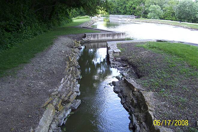 Illinois & Michigan Canal State Trail  Water bypass around lock, and another aqueduct ahead