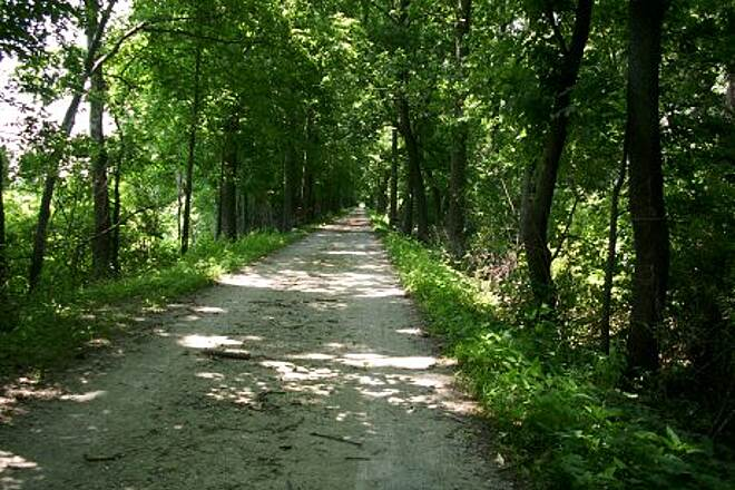 Illinois & Michigan Canal State Trail I&M Canal near Morris, IL