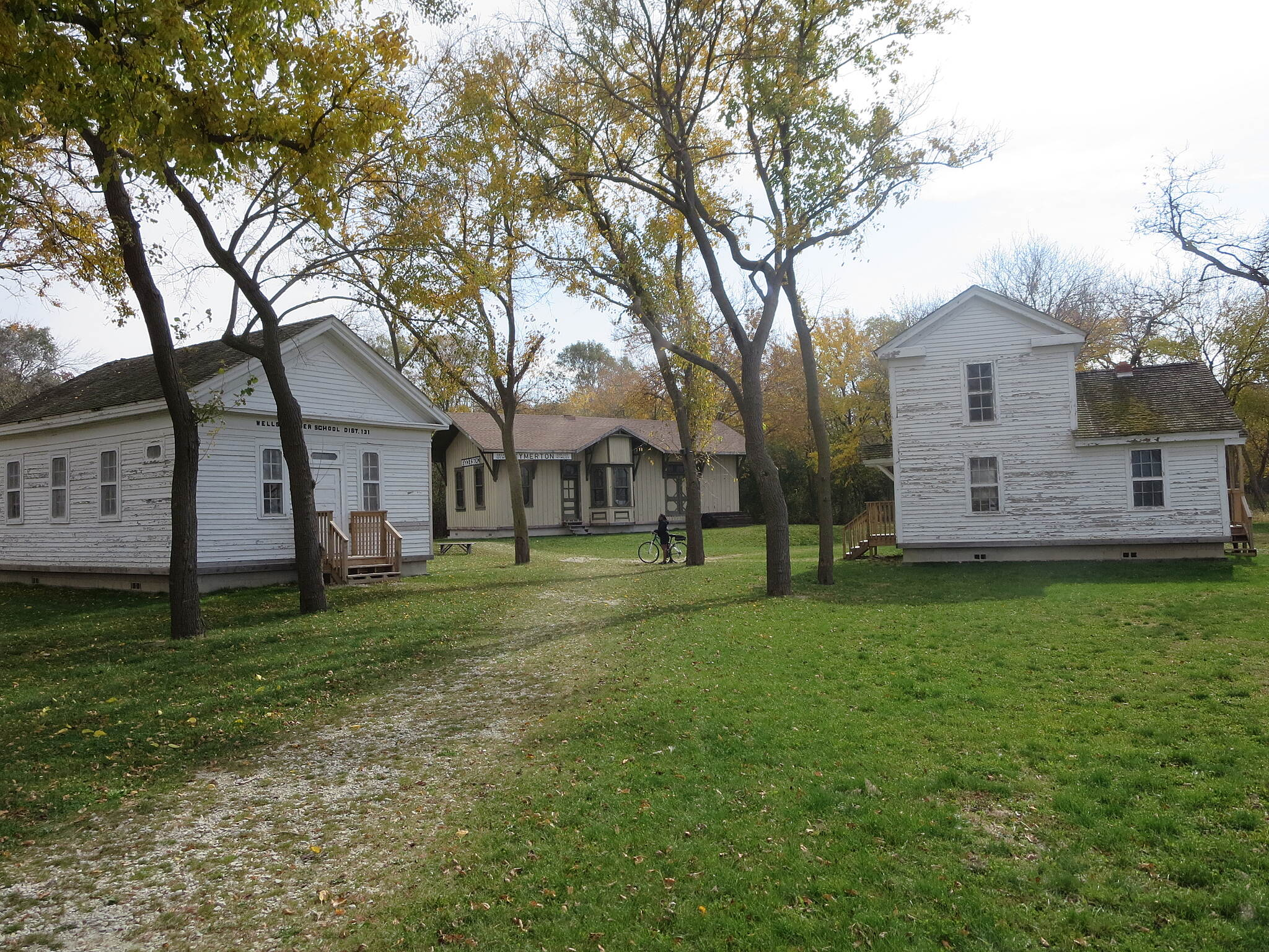 Illinois & Michigan Canal State Trail Heritage Village,Lockport