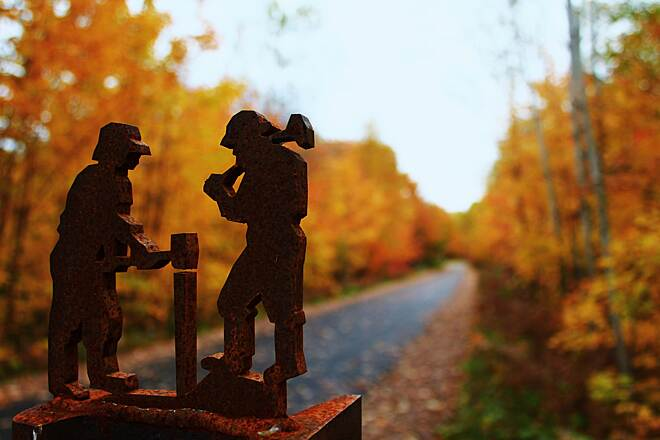 Iron Ore Heritage Trail Trailside sculpture This photo, by Ali Fulsher, was selected as the grand prize winner in a photo contest by Rails-to-Trails Conservancy. The image was published in our 30th Anniversary Special Edition Rail-Trail Calendar in 2016.