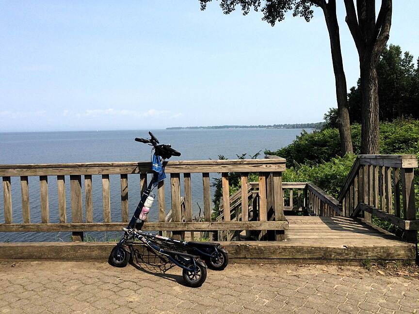 Island Line Rail Trail Great place for a rest stop Stopped on our Trikke ride to enjoy the view. 