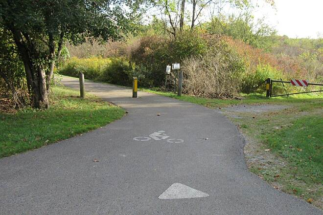 John C. Oliver Multi-Purpose Loop Trail the trail This is where the trail goes in at one of the parking lots