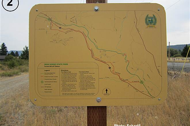John Wayne Pioneer Trail South Cle Elum Depot to Tunnel 47 Detour instructions posted