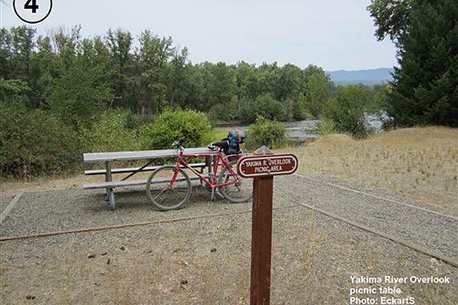 John Wayne Pioneer Trail South Cle Elum Depot to Tunnel 47 4-Yakima River Overlook picnic area