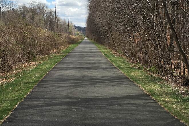 Joseph B. Clarke Rail Trail trail towards Piermont