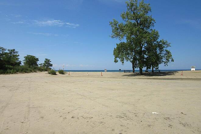 Karl Boyes Multi-Purpose National Recreation Trail Lake Erie Beach One of the several beaches along Lake Erie in Presque Isle state park along the trail