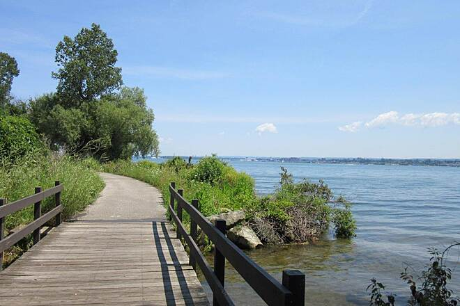 Karl Boyes Multi-Purpose National Recreation Trail Trail Along the trail, Erie Bay Side
