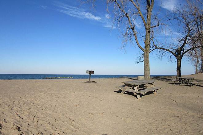Karl Boyes Multi-Purpose National Recreation Trail Sand Picnic table in the sand along the trail, along the lake