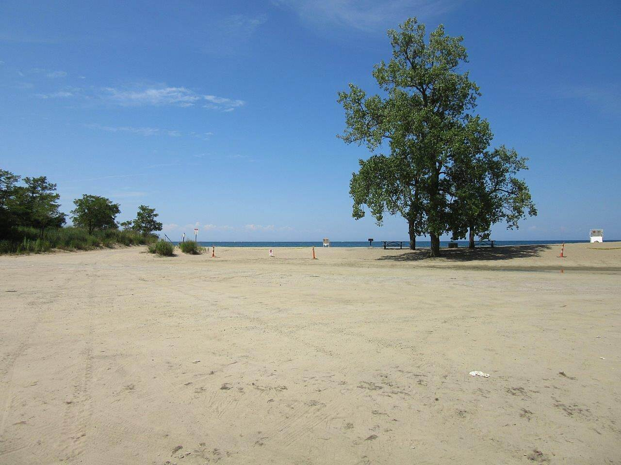 Karl Boyes Multi-purpose Trail Lake Erie Beach One of the several beaches along Lake Erie in Presque Isle state park along the trail