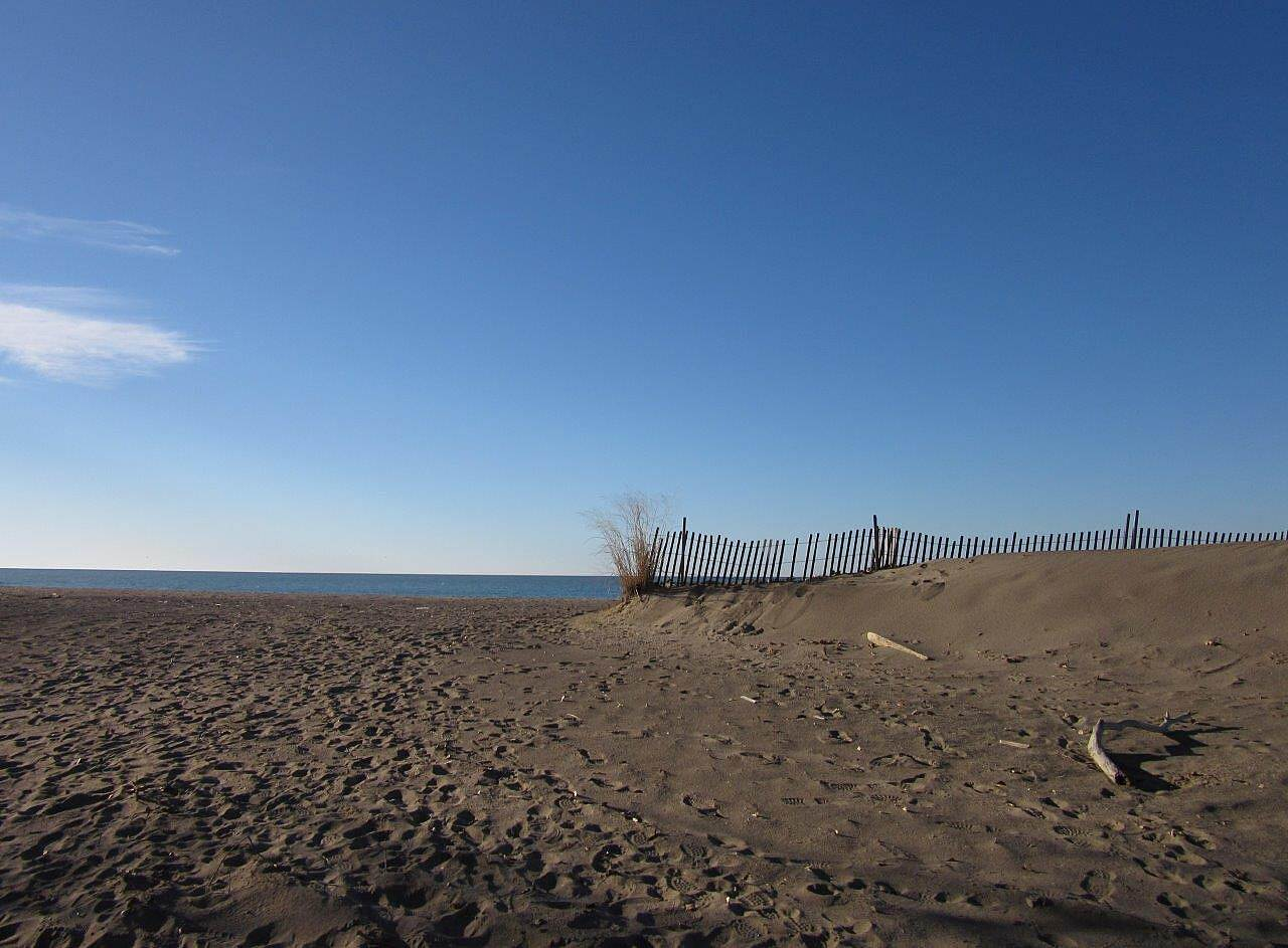 Karl Boyes Multi-purpose Trail Beachy area Sandy beach at Presque Isle State PArk