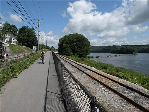 Kennebec River Rail Trail Kennebec River Trail Auto Traffic was heavy due to construction bike way open