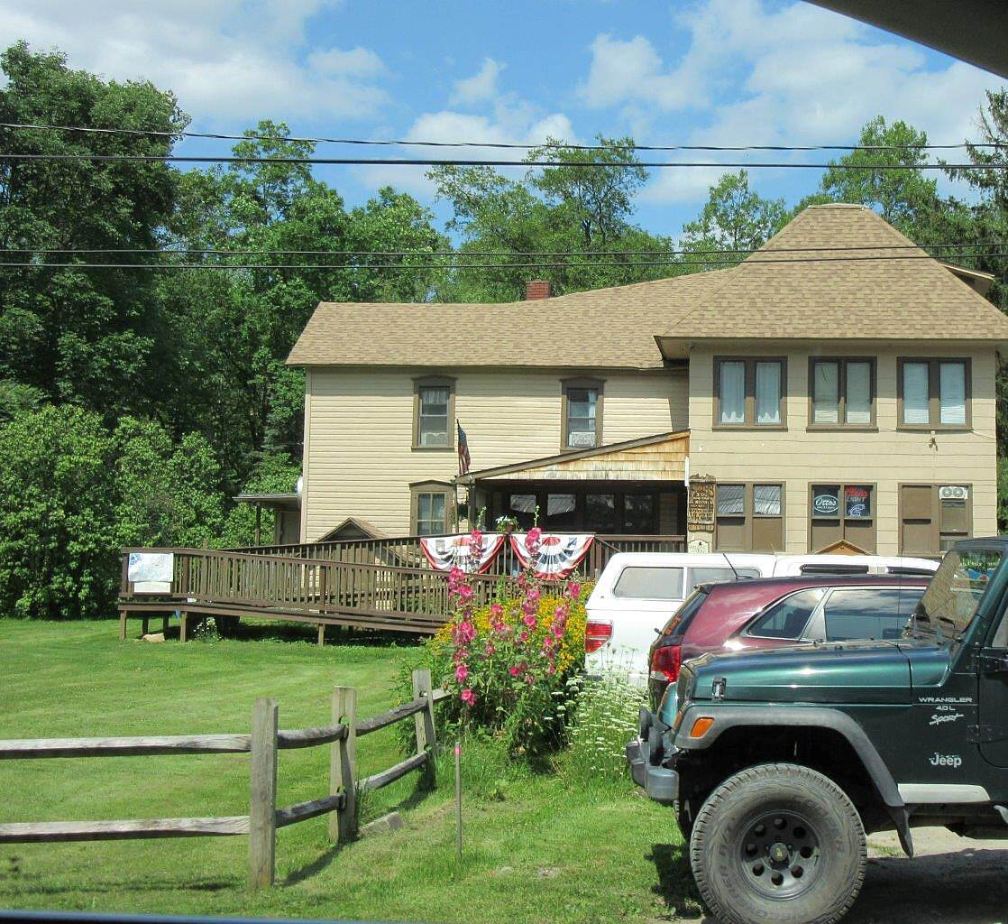 Kinzua Valley Trail Westline Inn-Westline Westline Inn (food and lodging) at the entrance of the Westline trailhead.