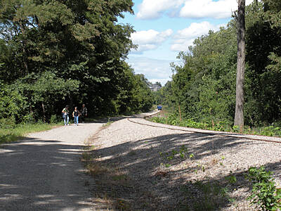 Klara Sauer Trail walkers the KST at the south end along a portion of the the 41 mile Beacon-Danbury branch line