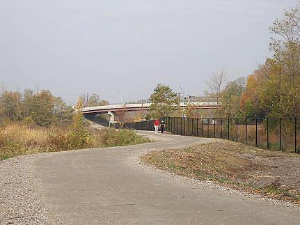 Klara Sauer Trail Beacon Riverside Trail Metro North's Beacon rail station and parking lot are just beyond the roadway overpass.