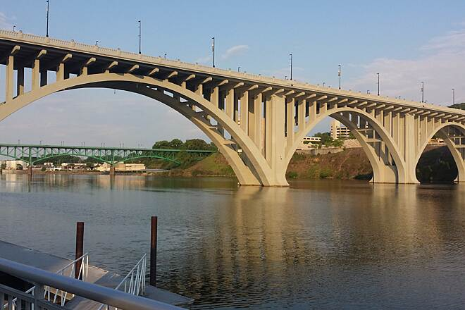 Knoxville City Greenways Gay Street Bridge Neyland Greenway at Volunteer Landing