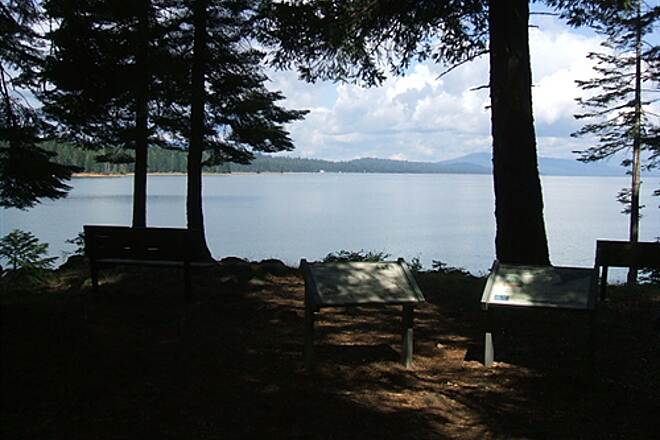 Lake Almanor Recreation Trail LAKE ALMANOR RECREATION TRAIL Nice wayside with benches, signs