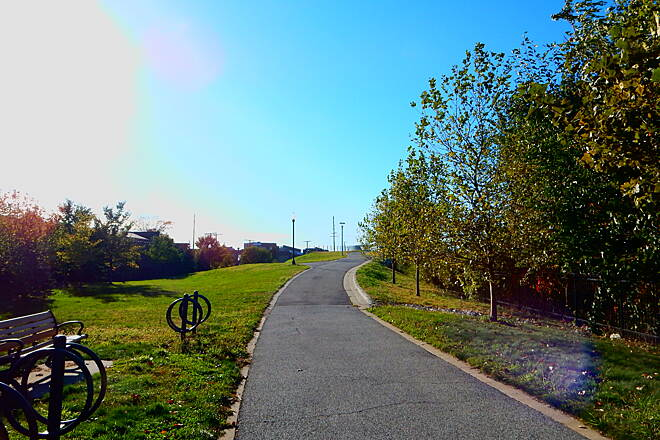Lake George Trail To the bridge. 10-23-16 Riding west at this point, the trail will take you up the hill shown, to the bridge that crosses Indianapolis Blvd.