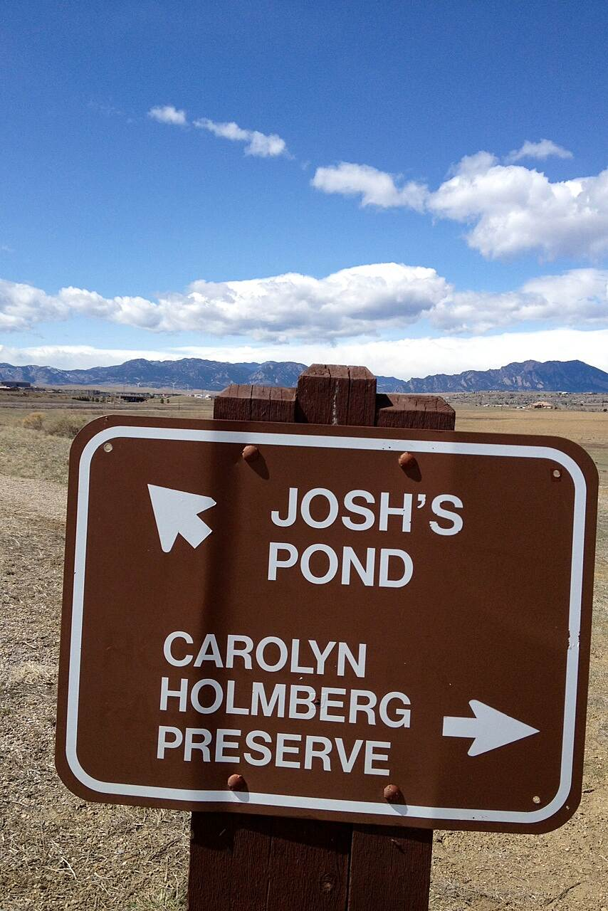 Lake Link Trail Trail Sign Carolyn Holmberg Preserve/Josh's Pond on the Lake Link Trail in Broomfield.