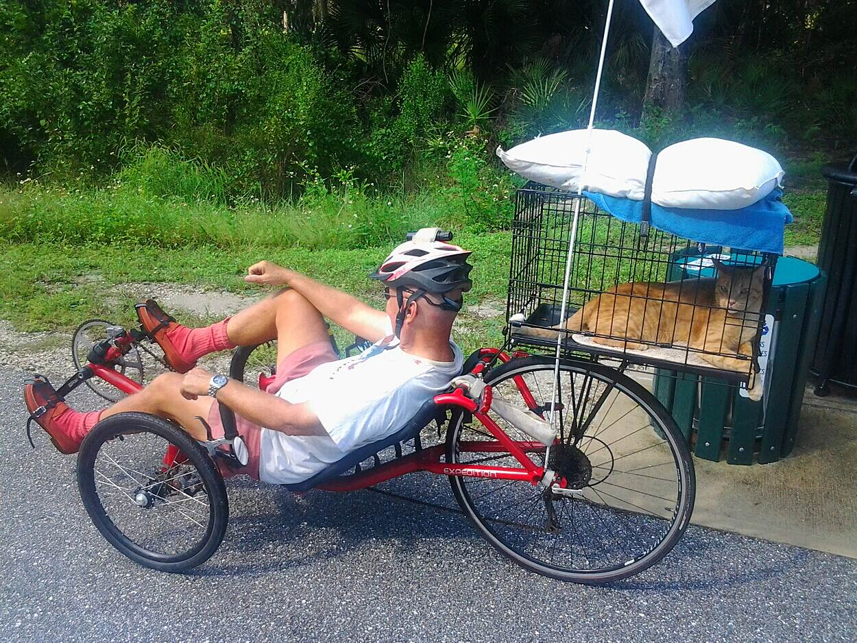 Legacy Trail (FL) CAT on a Cat Trike! LOL .. What will I see next on a GREAT bike trail.