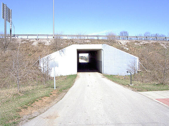 Legacy Trail (KY) Tunnel under I-75 March 2015 West approach