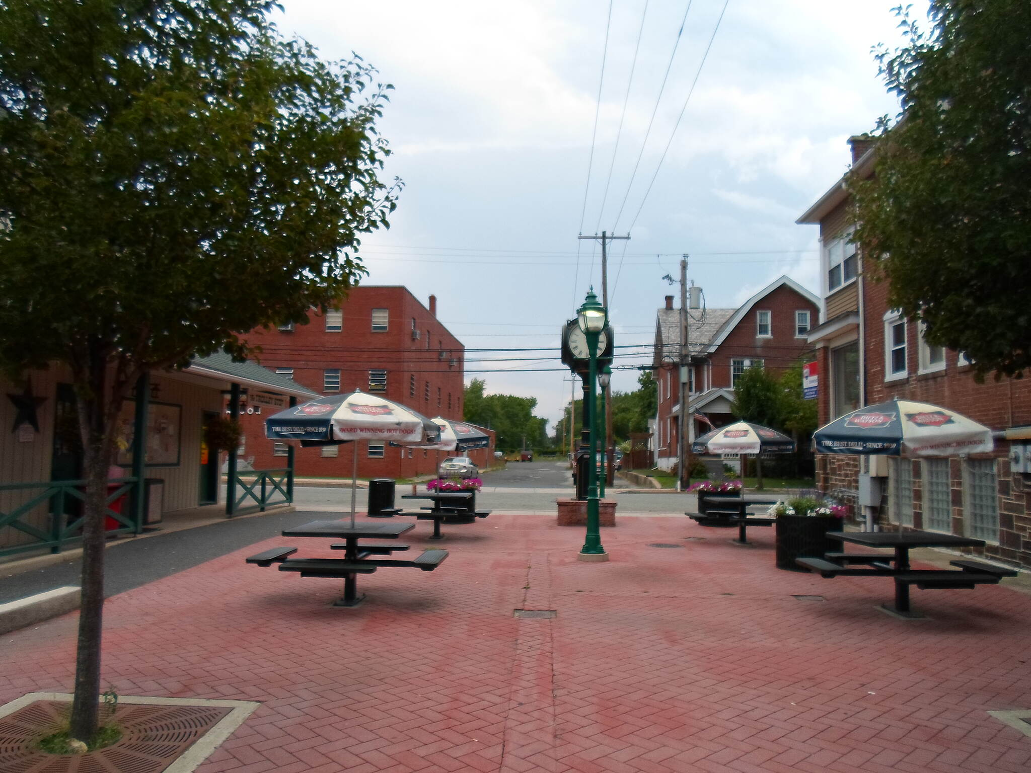 Liberty Bell Trail Liberty Bell Trail The trail's northern terminus is currently at Liberty Bell Plaza, a small square in Hatfield. Ambitious plans call for it to be extended northward to Quakertown in the future. Taken August 2016.