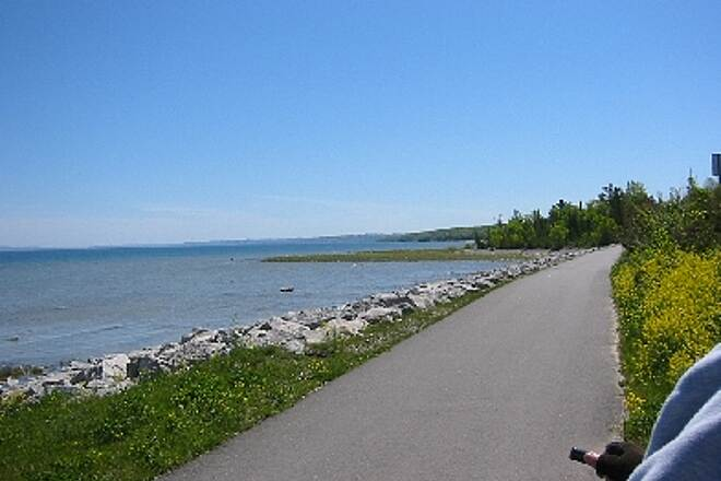 Little Traverse Wheelway On way back to Petoskey