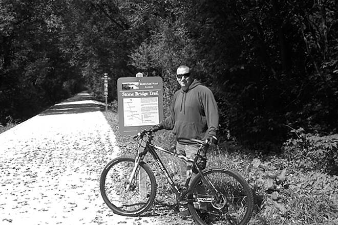 Long Prairie Trail Stonebridge and Long Prairie Trails posing with new 2010 Gary Fisher Cobia