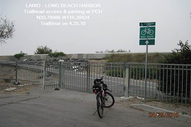 Los Angeles River Trail LARIO TRAIL - BOTTOM SECTION Trailhead & on-street parking at Rt 1 - PCH