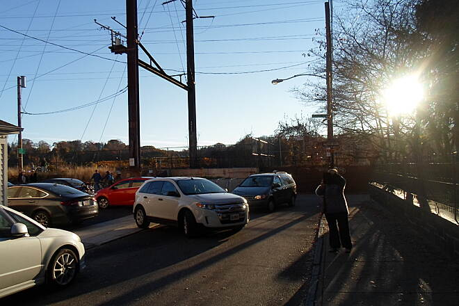 Manayunk Bridge Trail Manayunk Bridge Trail Approaching the ramp to the trestle and future Ivy Ridge Trail along DuPont Street in Manayunk. High Street is to the right, while the trailhead is on the left. Taken Nov. 2015.