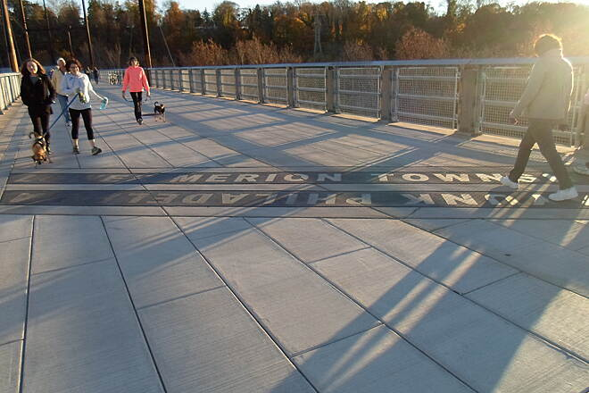 Manayunk Bridge Trail Manayunk Bridge Trail Situated about halfway across the trestle, this line marks the boundary between Philadelphia City and County, and Upper Merion Twp., located in Montgomery County. Taken Nov. 2015.