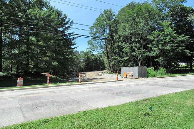 Maple Highlands Trail Chardon extension under development-August 2018 At South Street in Chardon, this is where the trail will continue through Chardon.