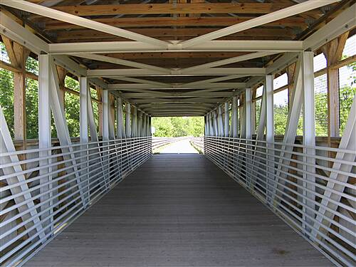 Maple Highlands Trail Riding The Southern Section of The Maple Highlands Trail Riding Through The Claridon/Aquilla Rd Covered Bridge