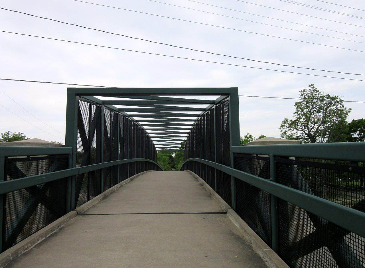 MetroParks Bikeway Mahoning Avenue overpass Bike / walking bridge over Mahoning Avenue