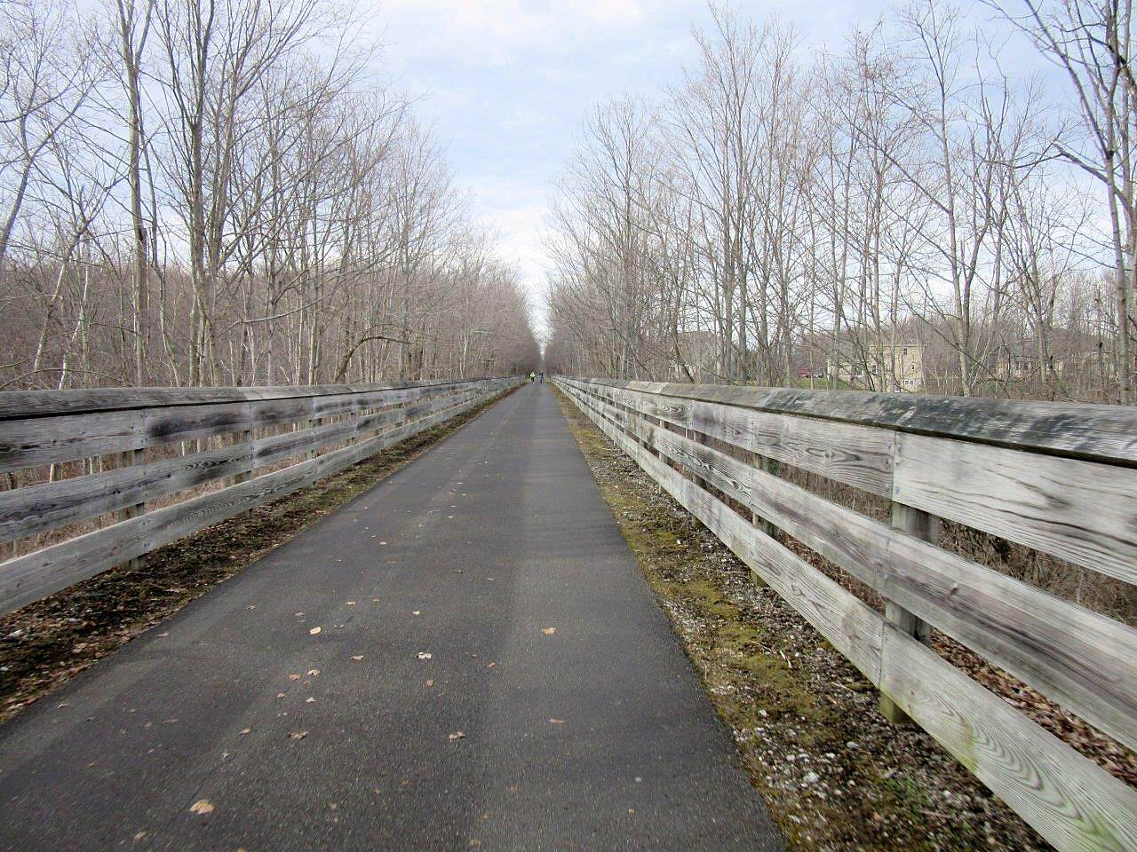 MetroParks Bikeway No greenery Not much greenery this time of the year-March 2016.  But it will be pretty soon!