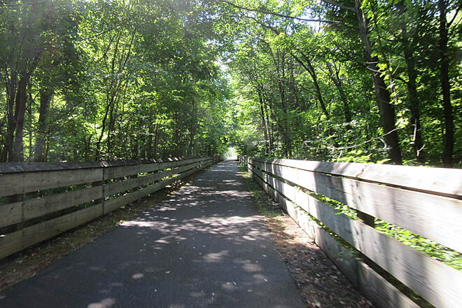 MetroParks Bikeway Nice Trail Nice trail.  Trees and great asphalt pavement.