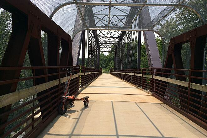 MetroParks Bikeway Bridge Heading north on the trail from Mahoning Avenue.