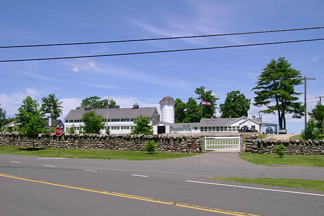 Middlebury Greenway View of old farmhouse