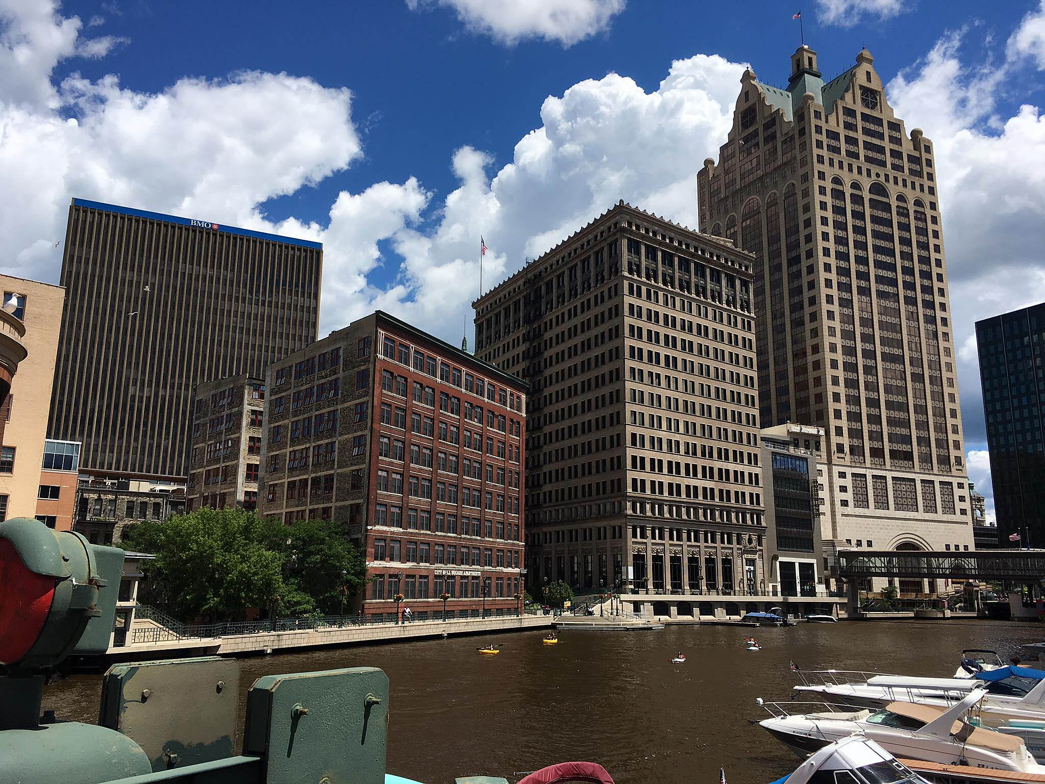Milwaukee RiverWalk Milwaukee RiverWalk Milwaukee RiverWalk