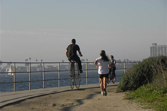 Mission Bay Bike Path   Highwheeler on the trail
