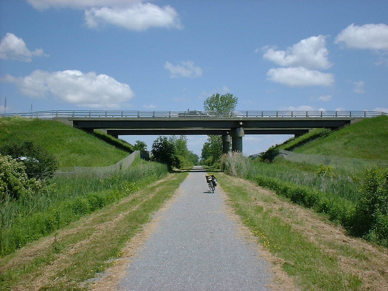 Missisquoi Valley Rail-Trail I-89 overpass