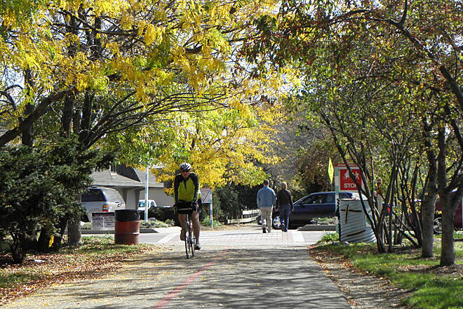 Monon Trail Fall colors in Broad Ripple