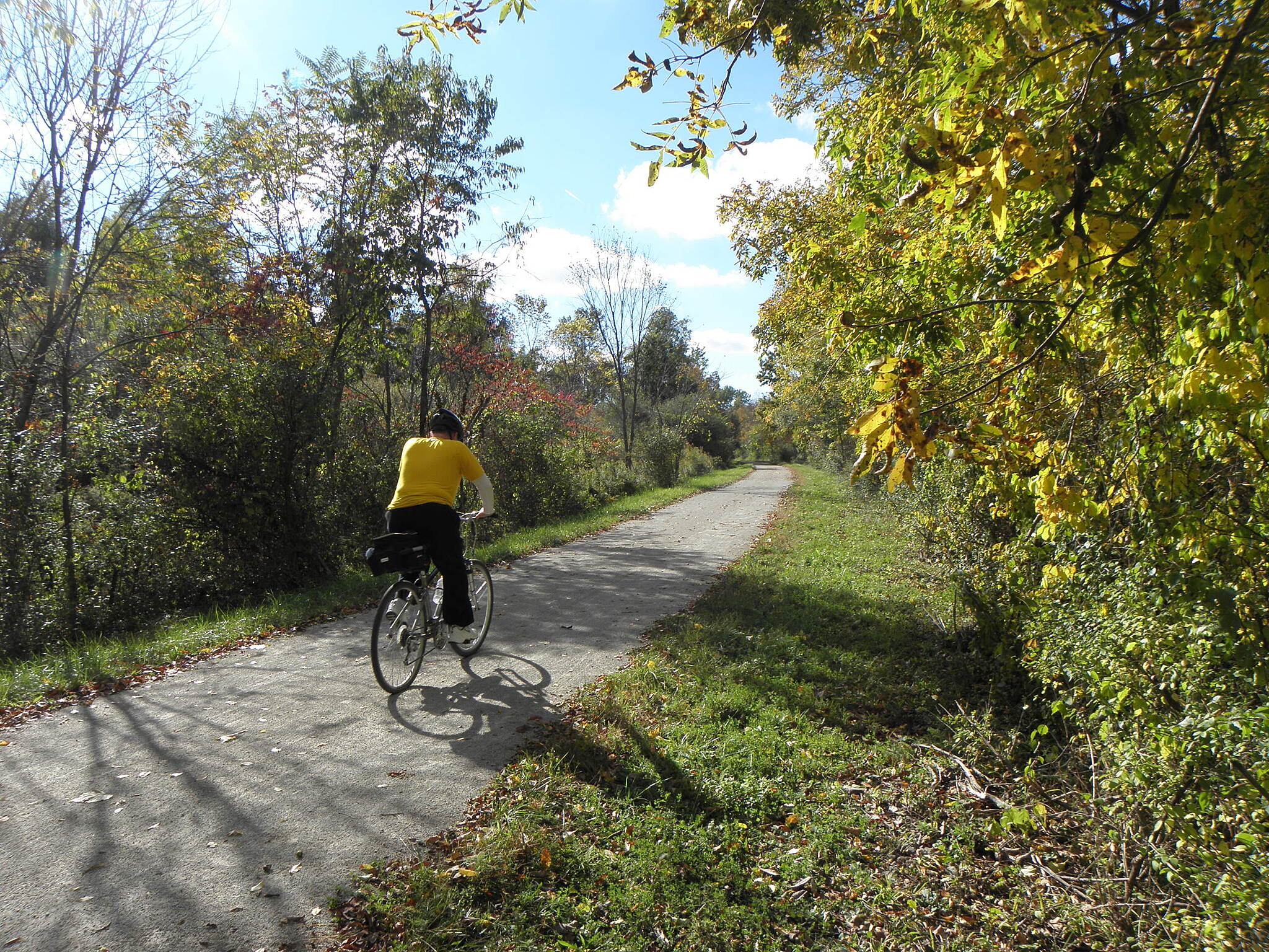 Montour Trail Pleasant riding in early October Near Imperial-Enlow