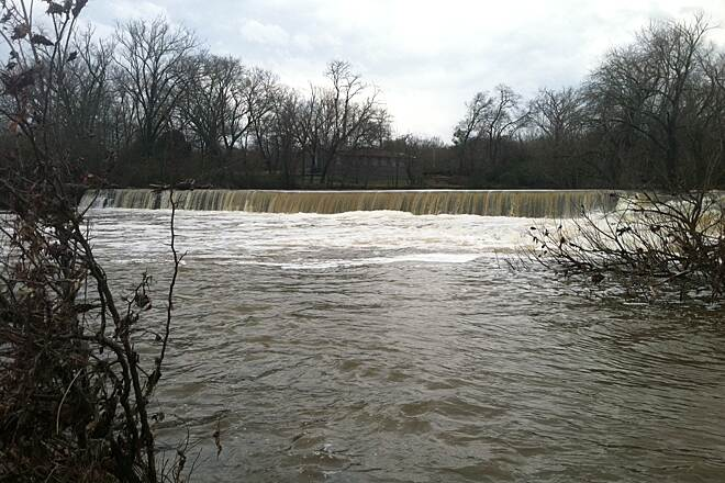 Murfreesboro's Stones River Greenway System Large water area accessible from trail