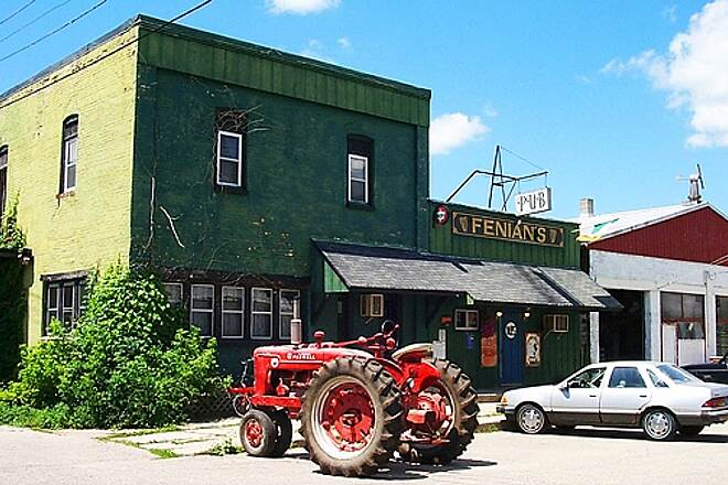 Musketawa Trail Along the trail in Conklin, MI Fenian's Irish Pub is a favorite stop along the trail for authentic Irish meals and beverages. You'll usually have to fight a tractor for a parking spot.