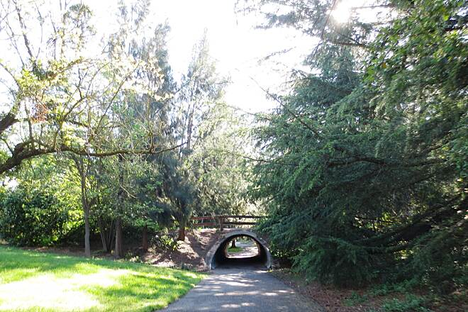 North Davis Greenways Don't cross roads; go under! While the path does cross roads in a few places, most times the path goes through a tunnel under the road.