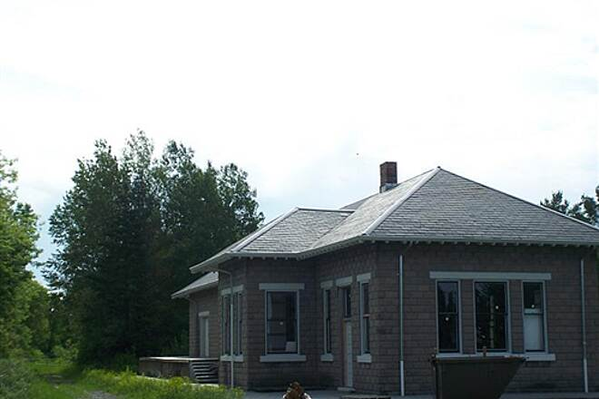North Eastern State Trail  Restored depot in Millersburg