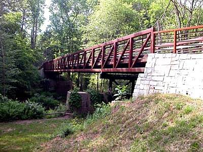 North Oconee River Greenway North Oconee River Greenway Trail Here's one of several excellent bridges on the North Oconee River Greenway. This picture shows the bridge that crosses Sandy Creek into Sandy Creek Nature Center on the off-road portion of the trail.