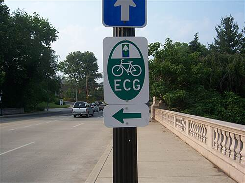 Northern Delaware Greenway Trail Northern Delaware Greenway A sign directing users of the East Coast Greenway northward onto the trail
