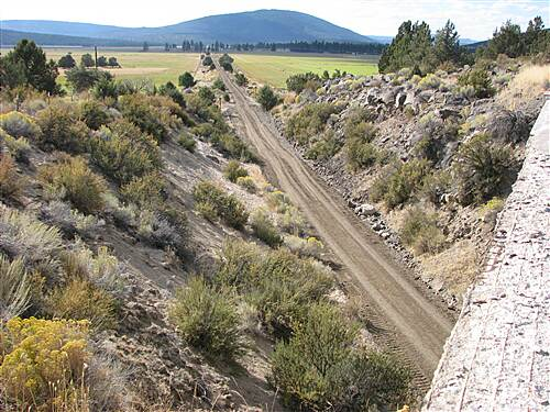 OC&E Woods Line State Trail OC&E Trail near Dairy Looking west from overcrossing near Dairy, OR